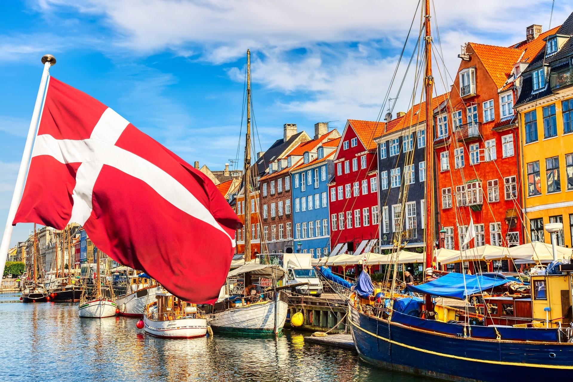 Copenhagen-Denmark-Flag2