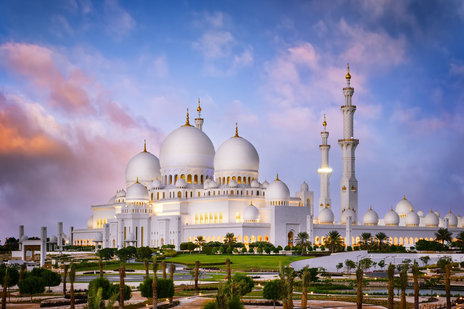 Abu-Dhabi-Mosque-UAE
