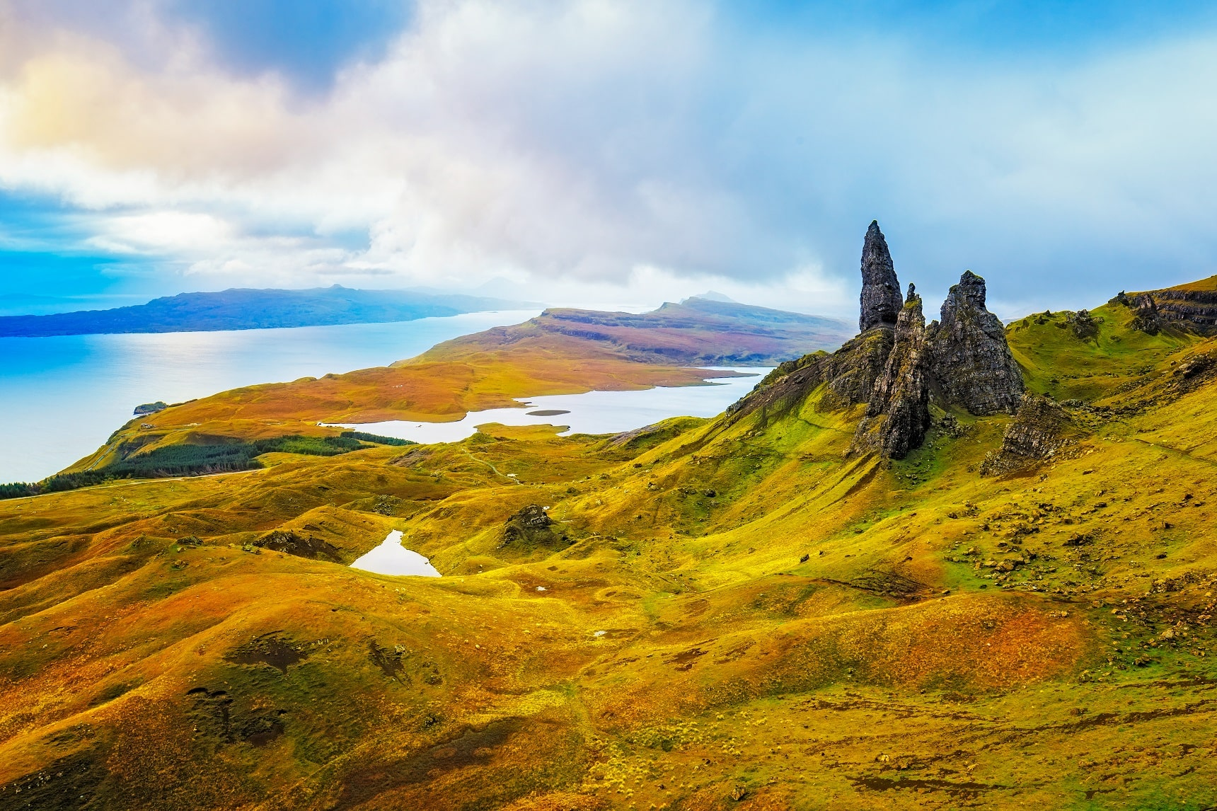 Scottish Isles_717448969
