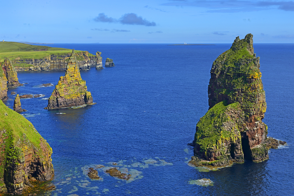 Duncasby_sea_stacks
