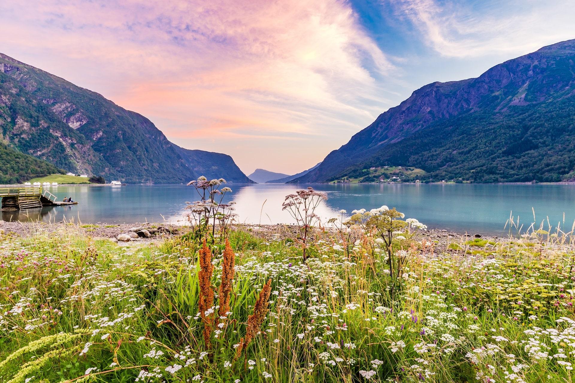 Skjolden-Sognefjord-Sunset