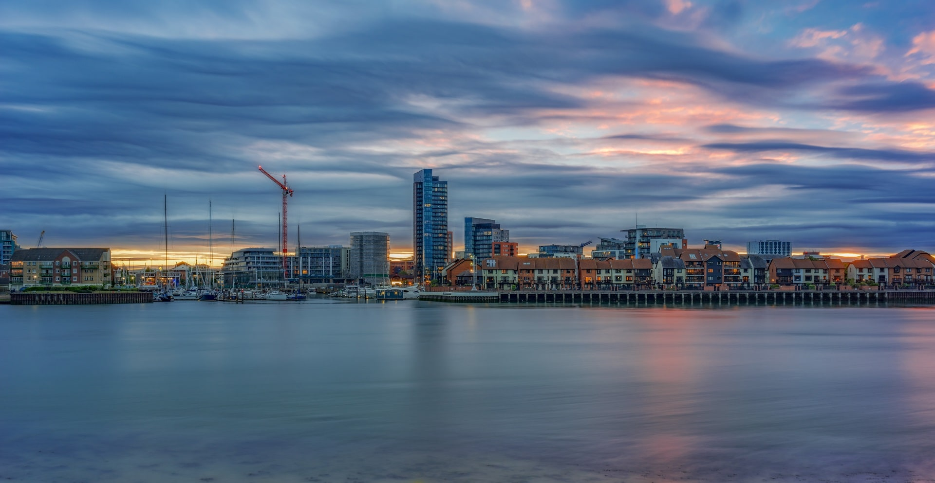 Southampton, UK_671557993