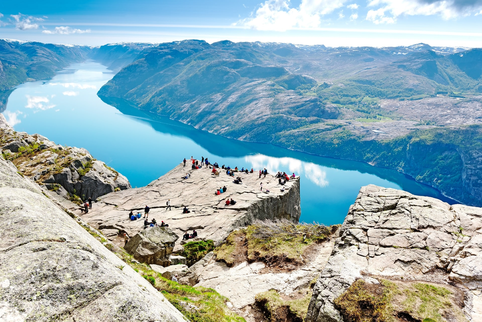Stavanger-Cliff-Preikestolen-Norway